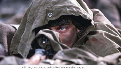 Vasili z itsev mataba a cuatro o cinco alemanes todos for Enemigo a las puertas